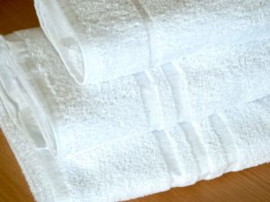 Hotel Quality White Towels (450GSM)